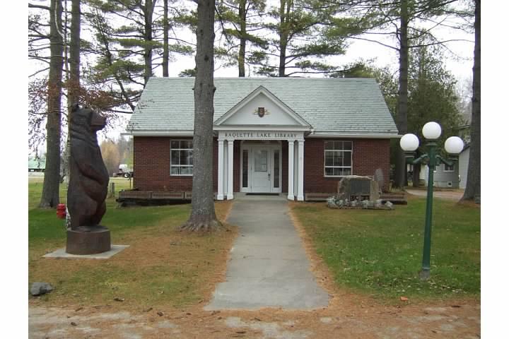 Adirondack libraries - Raquette Lake